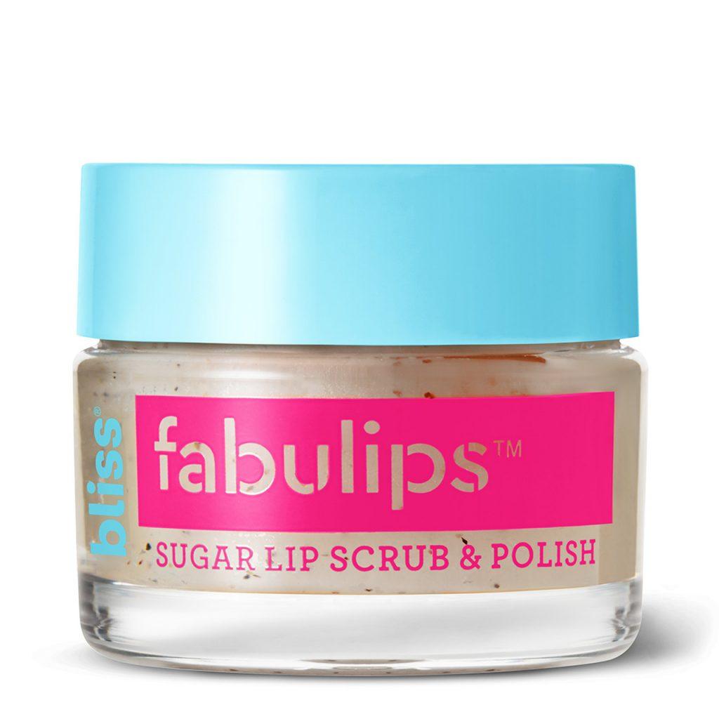 Những sản phẩm tẩy tế bào chết môi như Bliss Fabulips sẽ đem đến cho bạn đôi môi mềm mượt và giữ màu son lâu hơn.