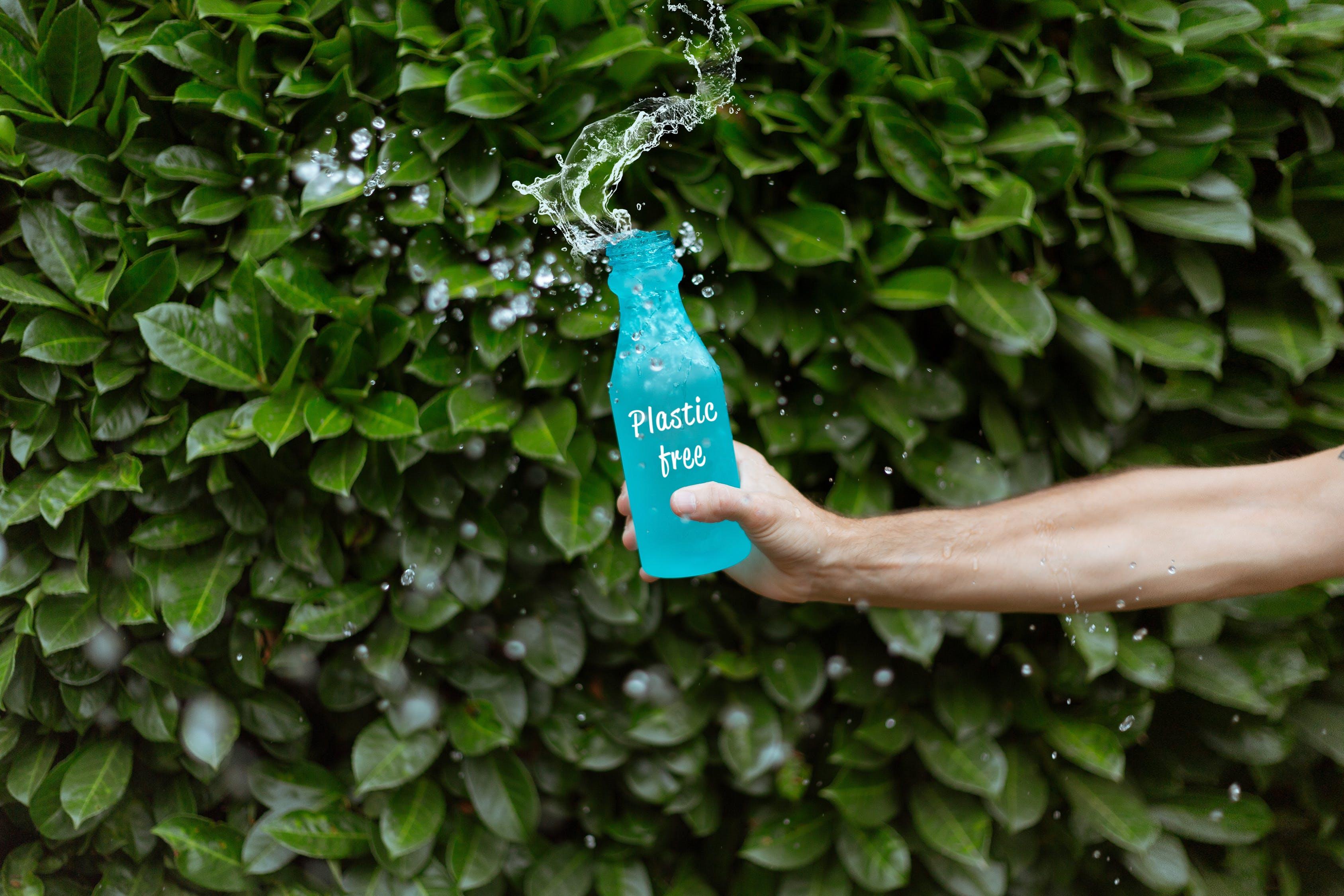 bổ sung nước - chai nước xanh