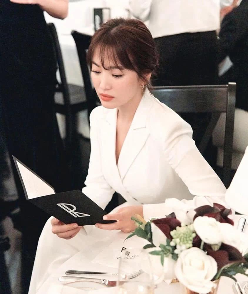 Điểm tin thời trang Song Hye Kyo tham dự show thời trang tại New York