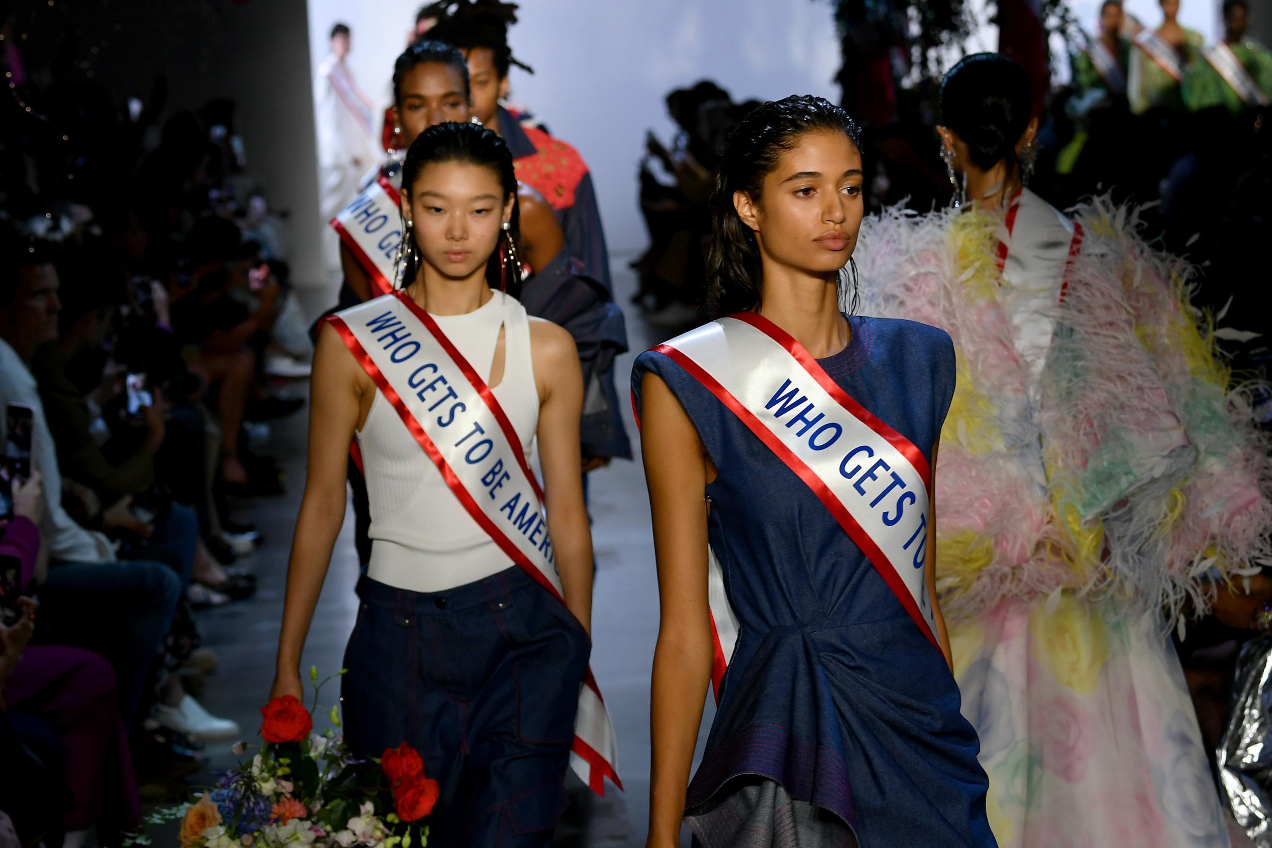 BST Prabal Gurung với thông điệp chính trị tại Tuần lễ thời trang Xuân - Hè 2020