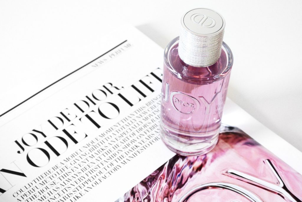 Joy by Dior hương nước hoa của niềm vui và hạnh phúc