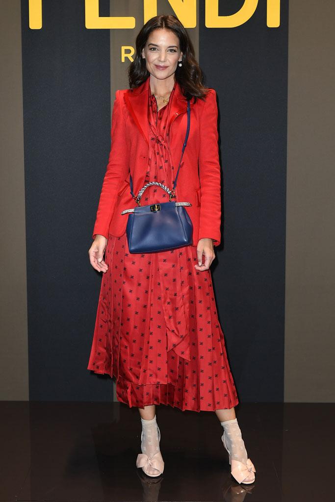 Katie Holmes xuất hiện tại show diễn của thương hiệu Fendi tại tuần lễ thơi ftrang Milan Xuân - Hè 2020.