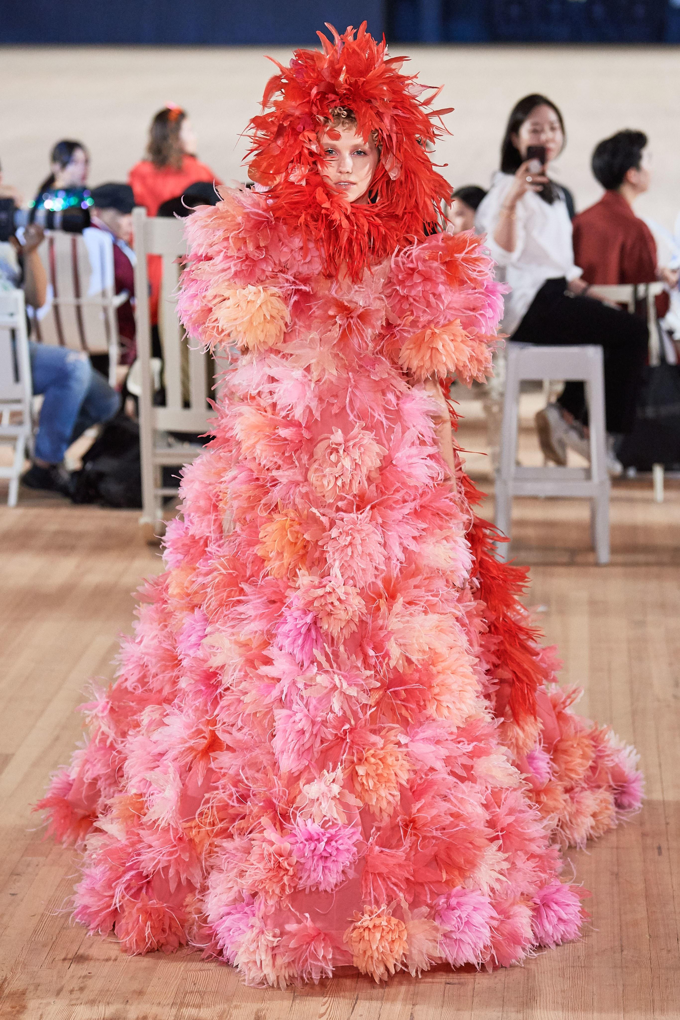 đầm hoa dài marc jacobs xuân hè 2020
