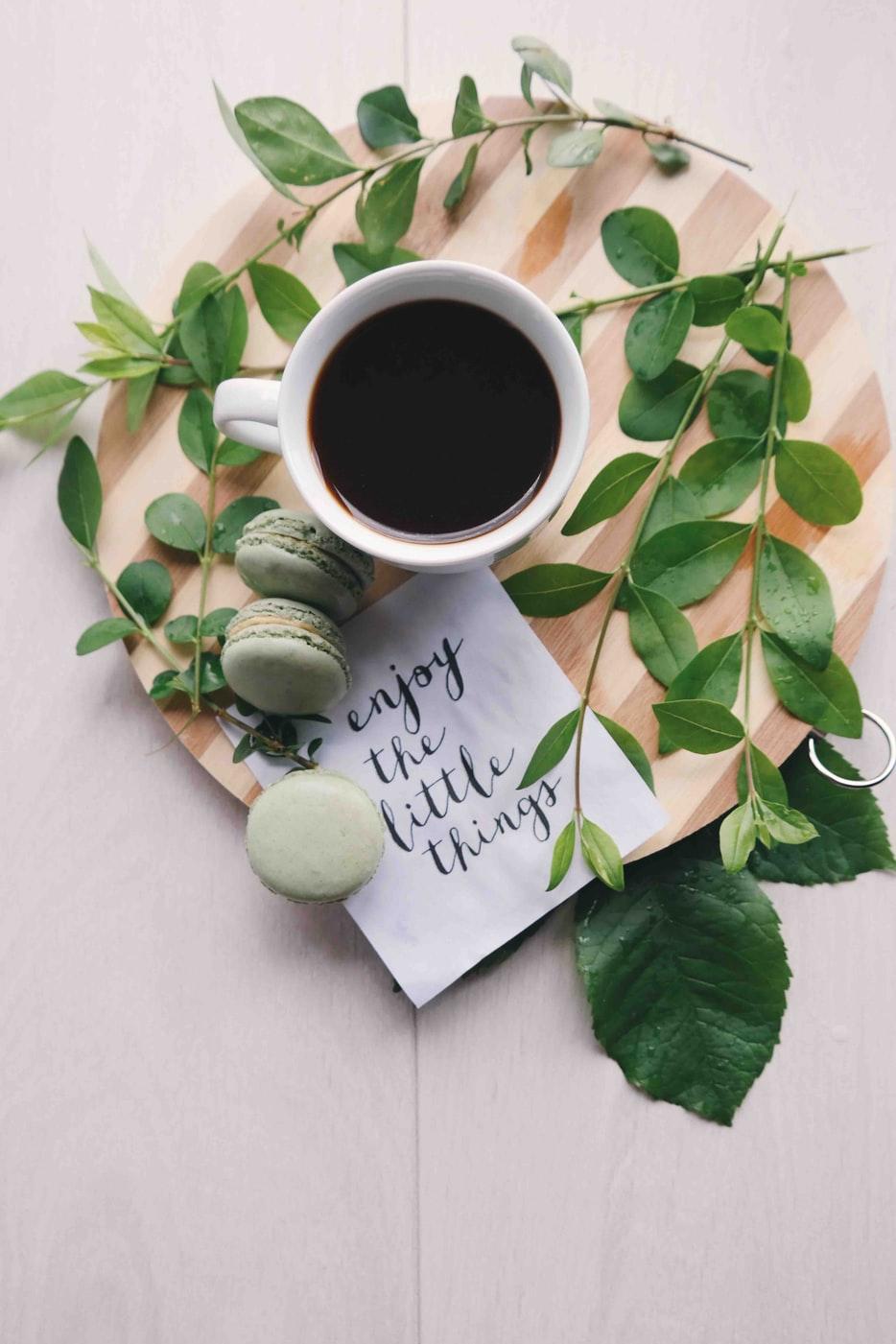 cà phê và bánh