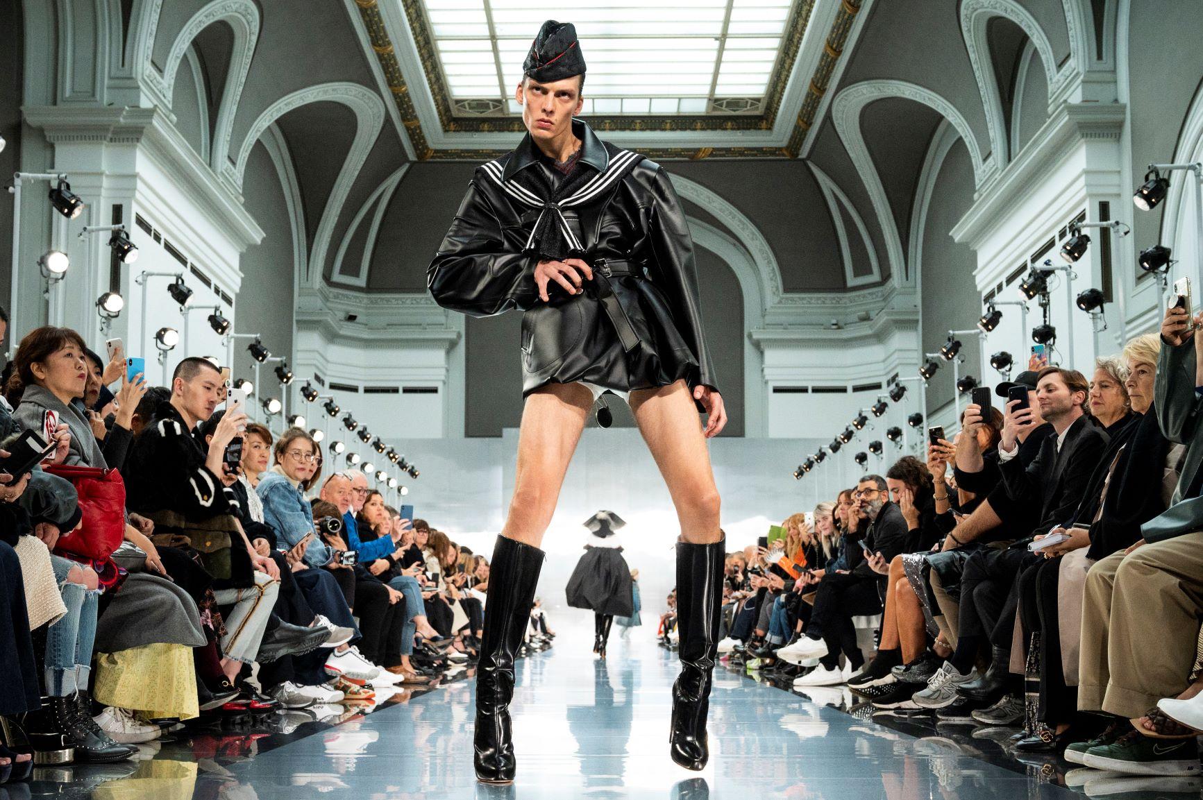 phần catwalk độc đáo tại show diễn Maison Margiela - tuần lễ thời trang paris xuân hè 2020