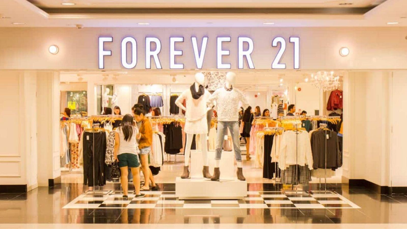 Forever 21 chính thức phá sản