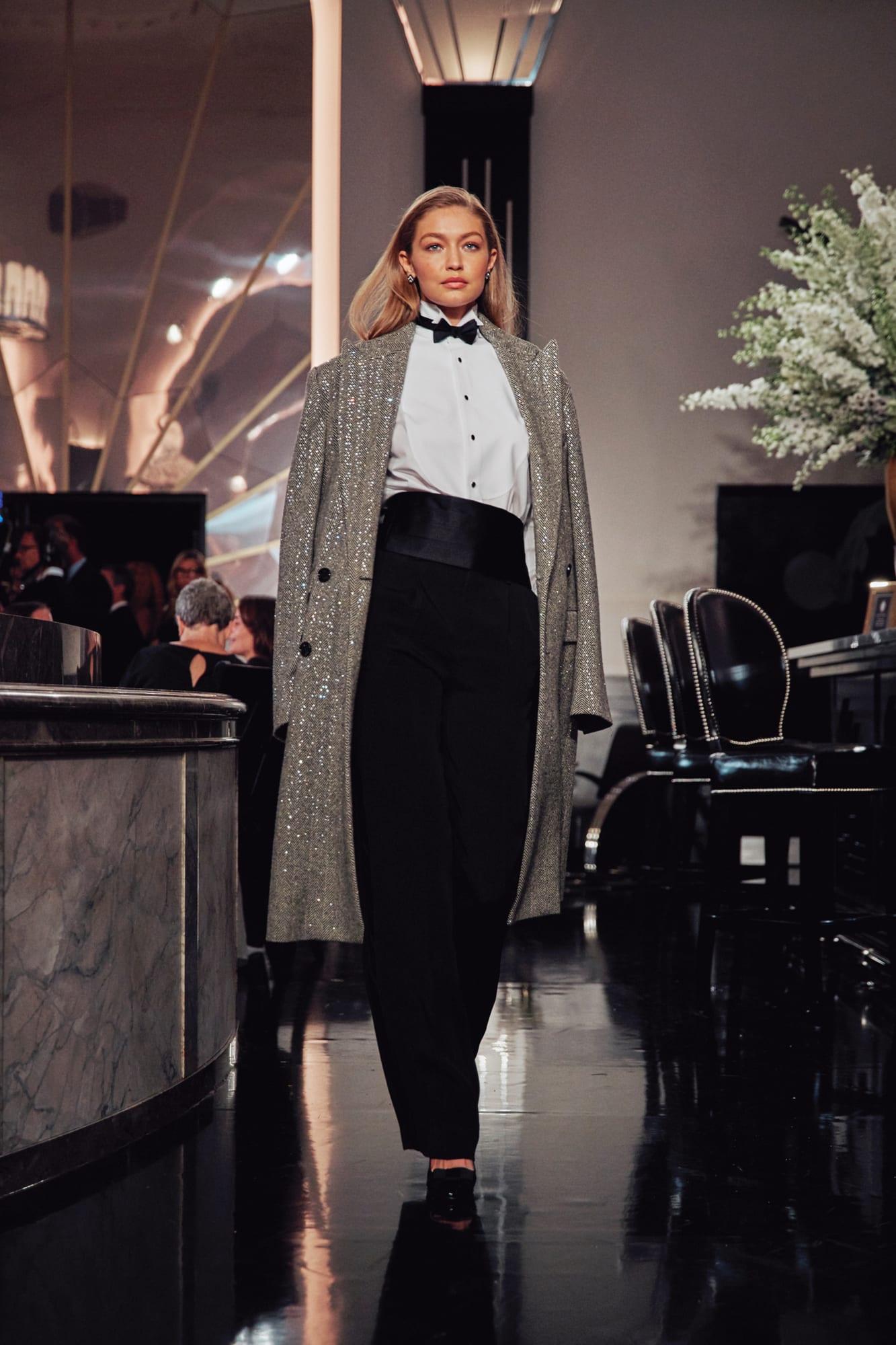 Hơi hướng những năm 20 trong BST của Ralph Lauren tại Tuần lễ thời trang Xuân - Hè 2020