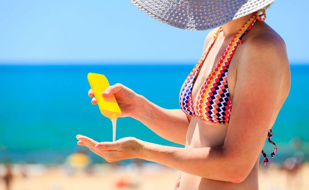 kem chống nắng sử dụng kem sunplay