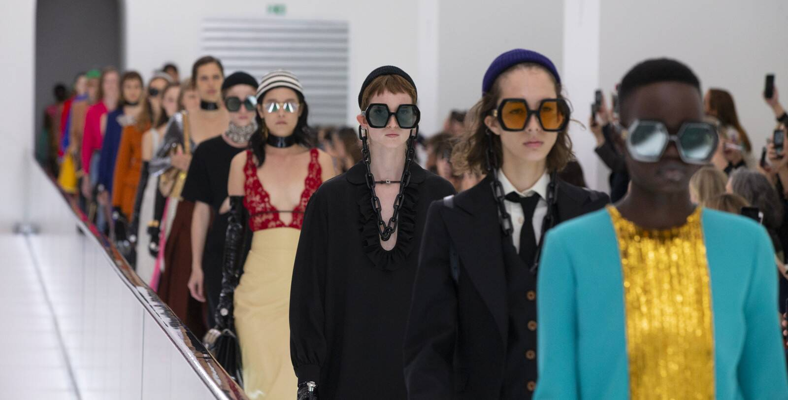 Những thiết kế trong BST Xuân - Hè 2020 của thương hiệu Gucci được ra mắt tại tuần lễ thời trang Milan.