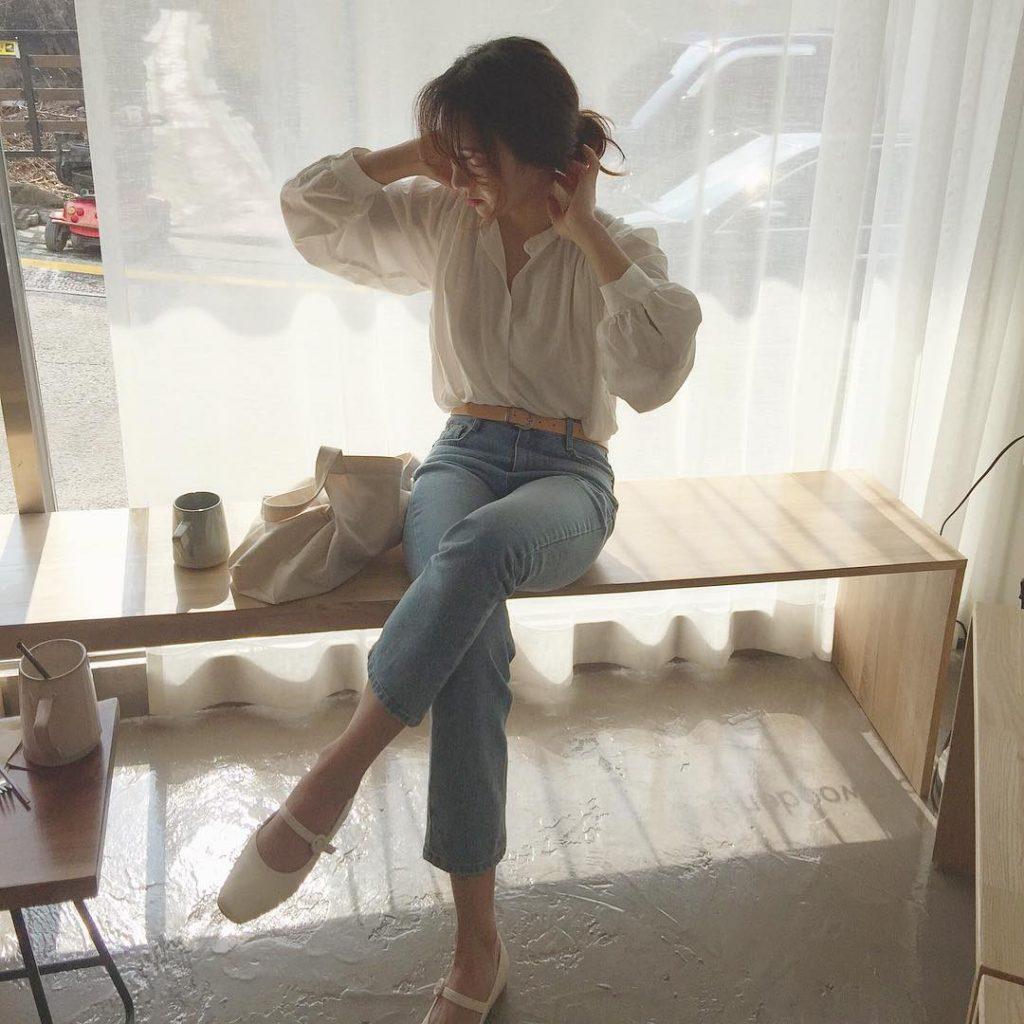 Áo sơ mi trắng dáng blouse