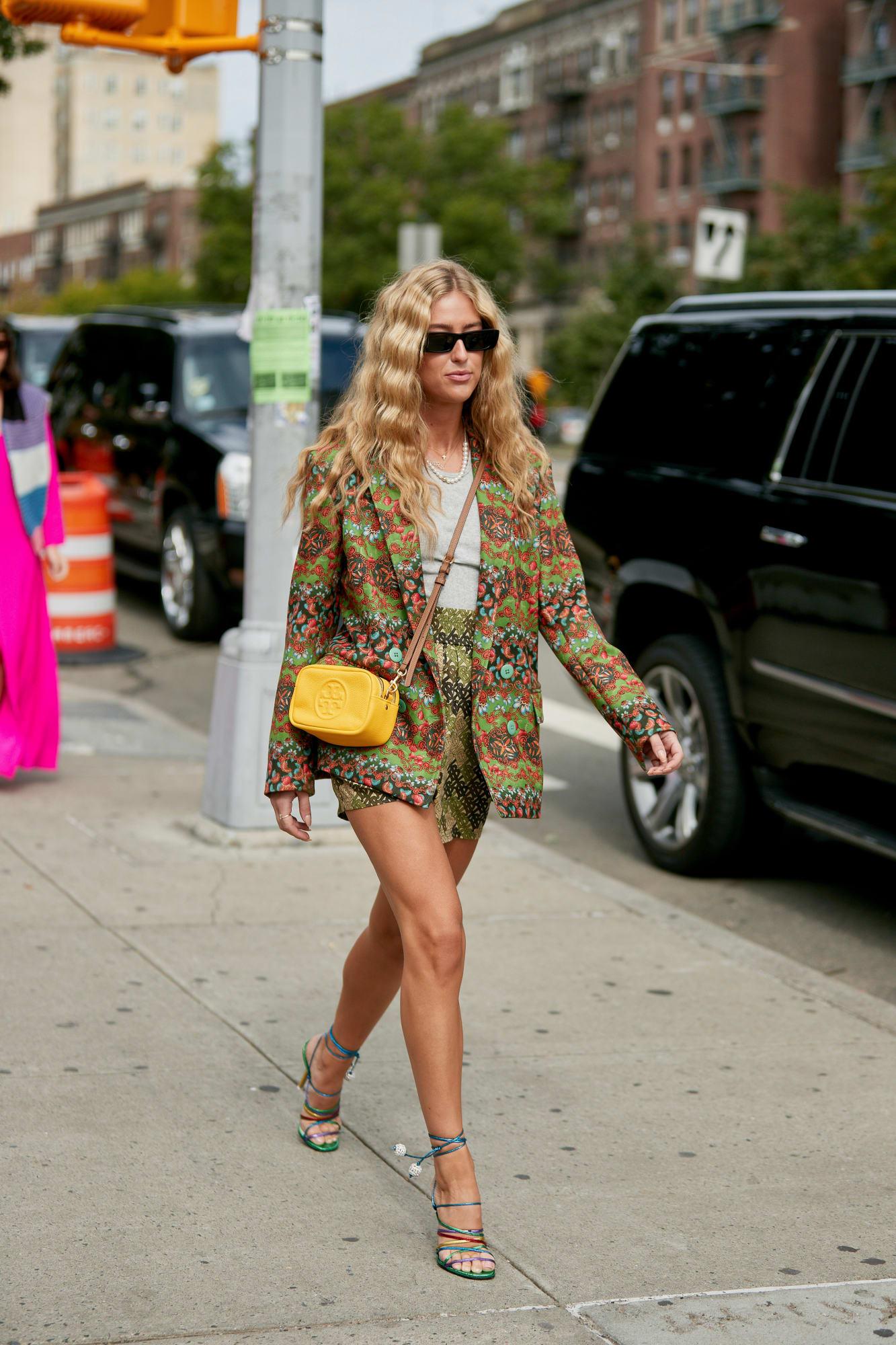 shorts suit là xu hướng nổi bật tại Tuần lễ thời trang New York Xuân - Hè 2020