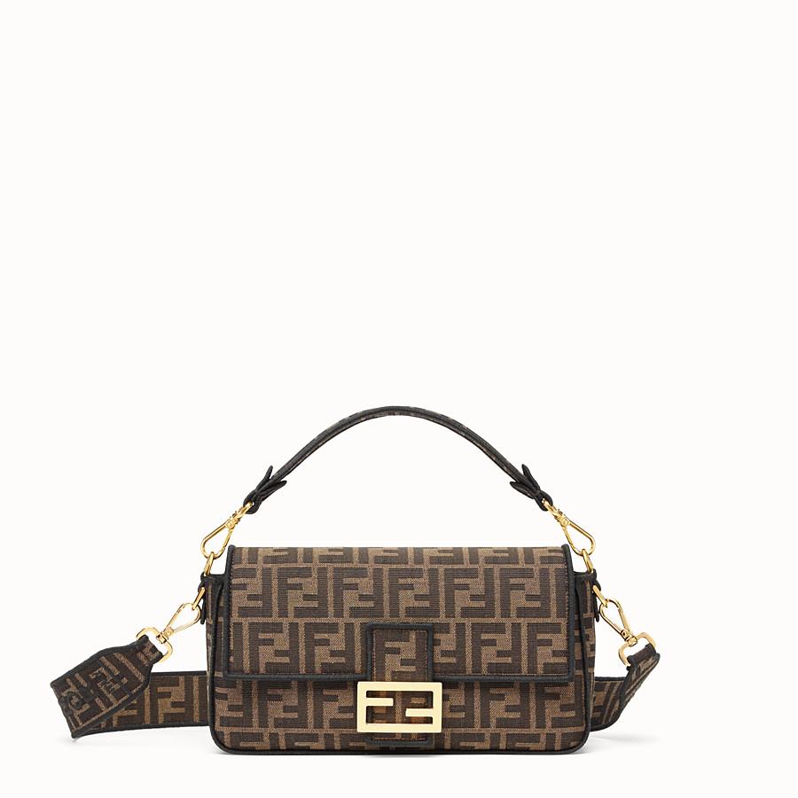 Mẫu túi Baguette của thương hiệu Fendi - tuần lễ thời trang milan xuân hè 2020
