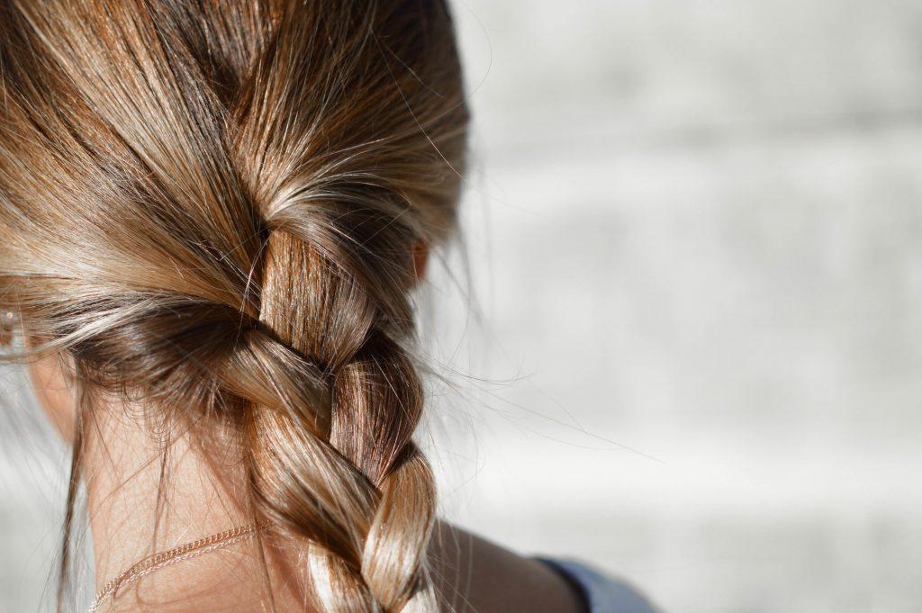 tóc thắt bím