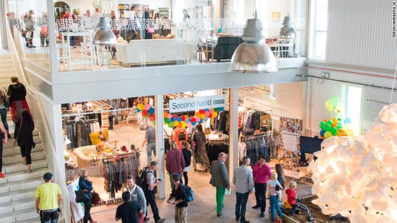 Nhu cầu mua đồ secondhand tăng cao trong những năm gần đây.