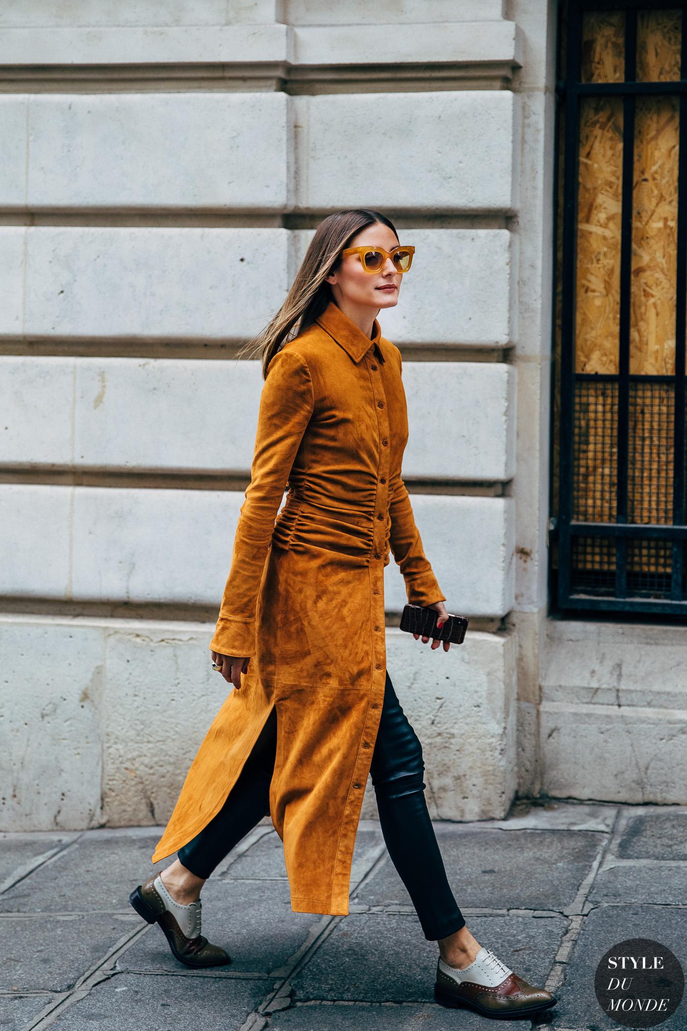 Áo blazer vải nhung dáng dài thời trang mùa Thu