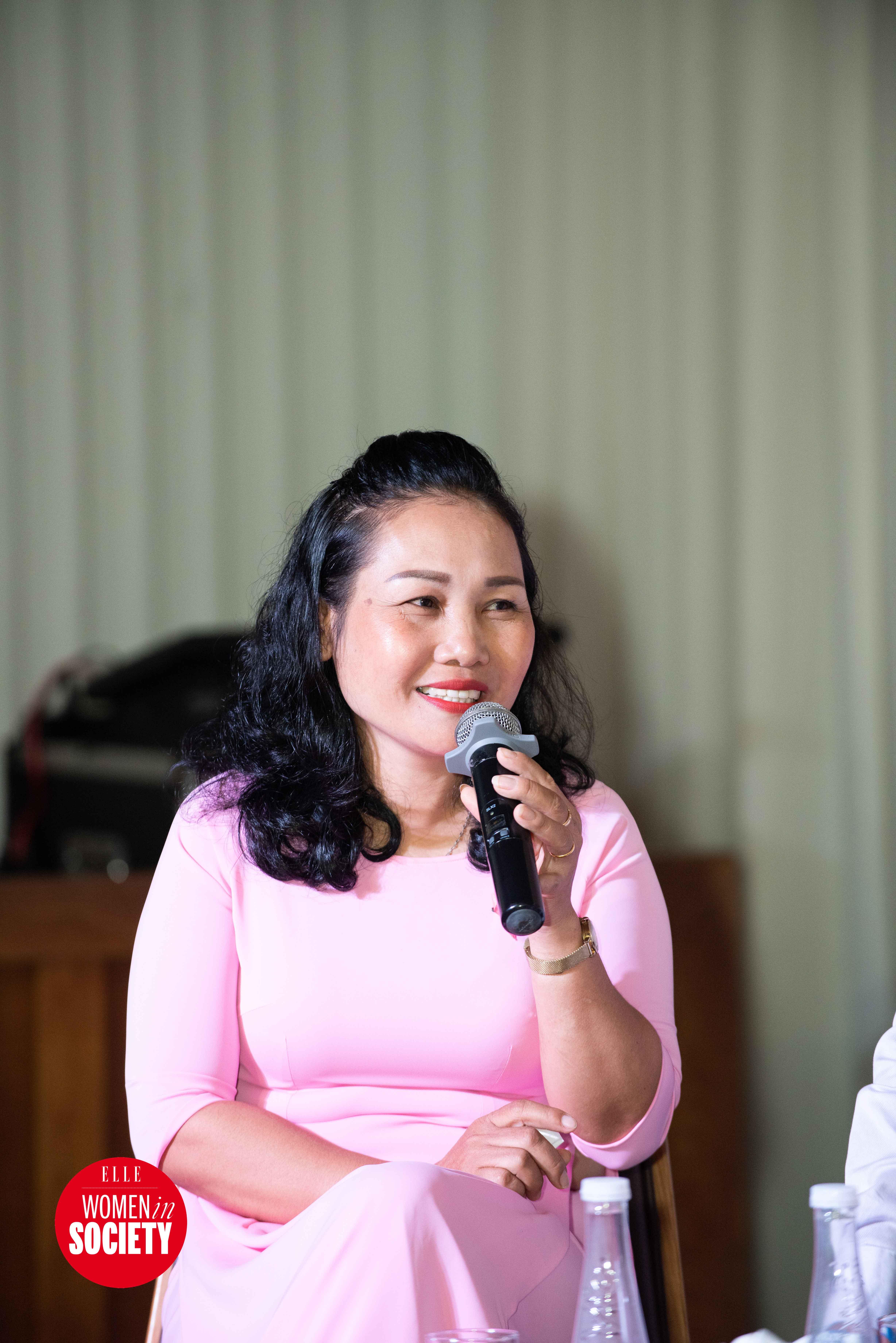 Chị Mai Phương chia sẻ trong elle women in society 2019