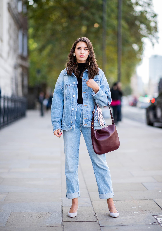 cách phối đồ denim on denim cùng quần jeans ống rộng 2
