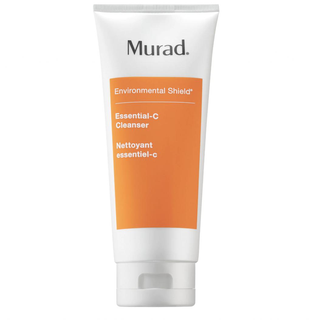 Dùng sữa rửa mặt cho bước làm sạch sâu da