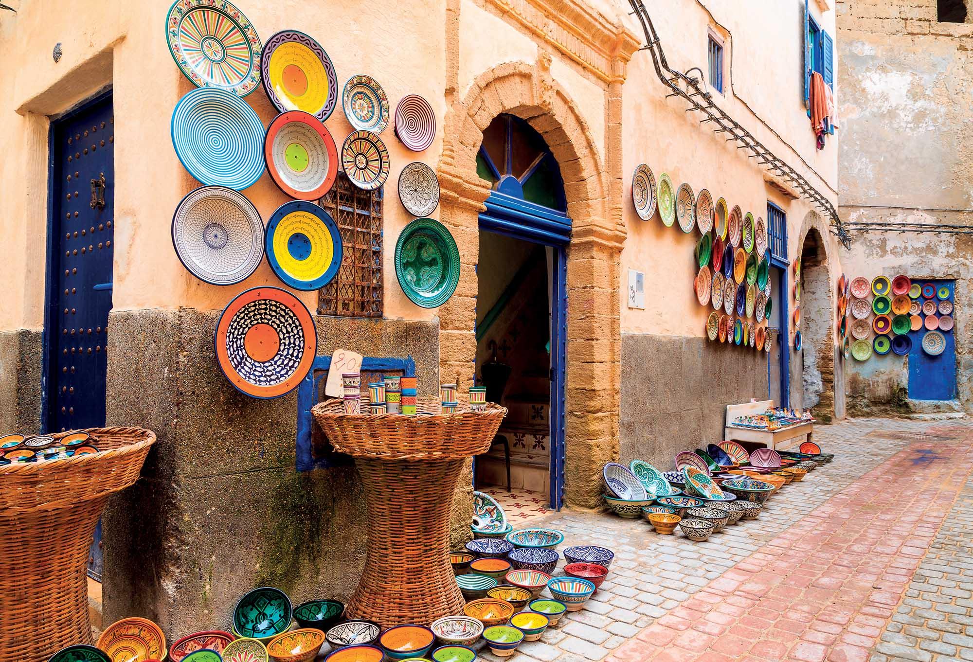 Morocco du lịch những bức tường khảm đá