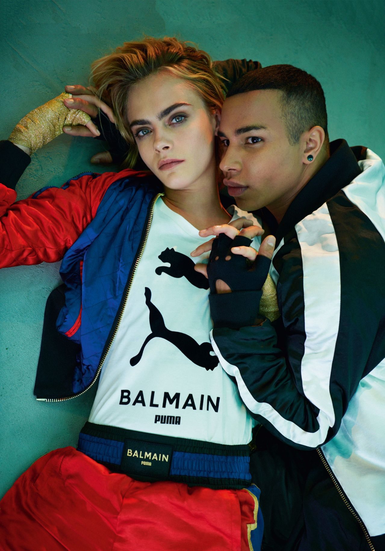 Cara Delevingne hợp tác với Olivier Rousteing trong BST mới