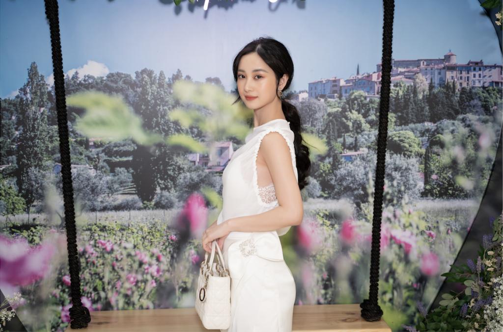 Jun Vũ trong sự kiện nước hoa Dior Les Parfums