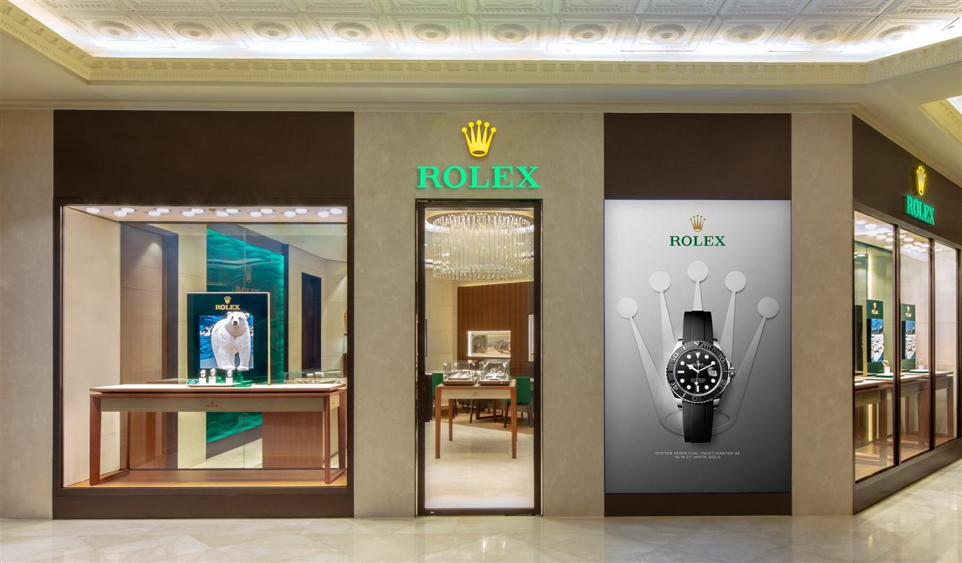 Diện mạo mới của cửa hàng Rolex tại TTTM Tràng Tiền