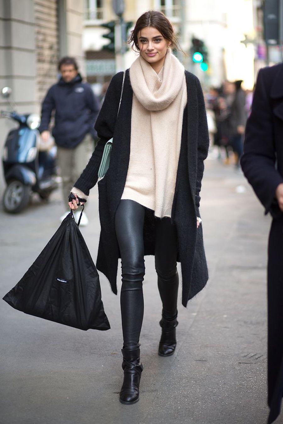cách phối đồ giày boots cổ thấp với quần legging