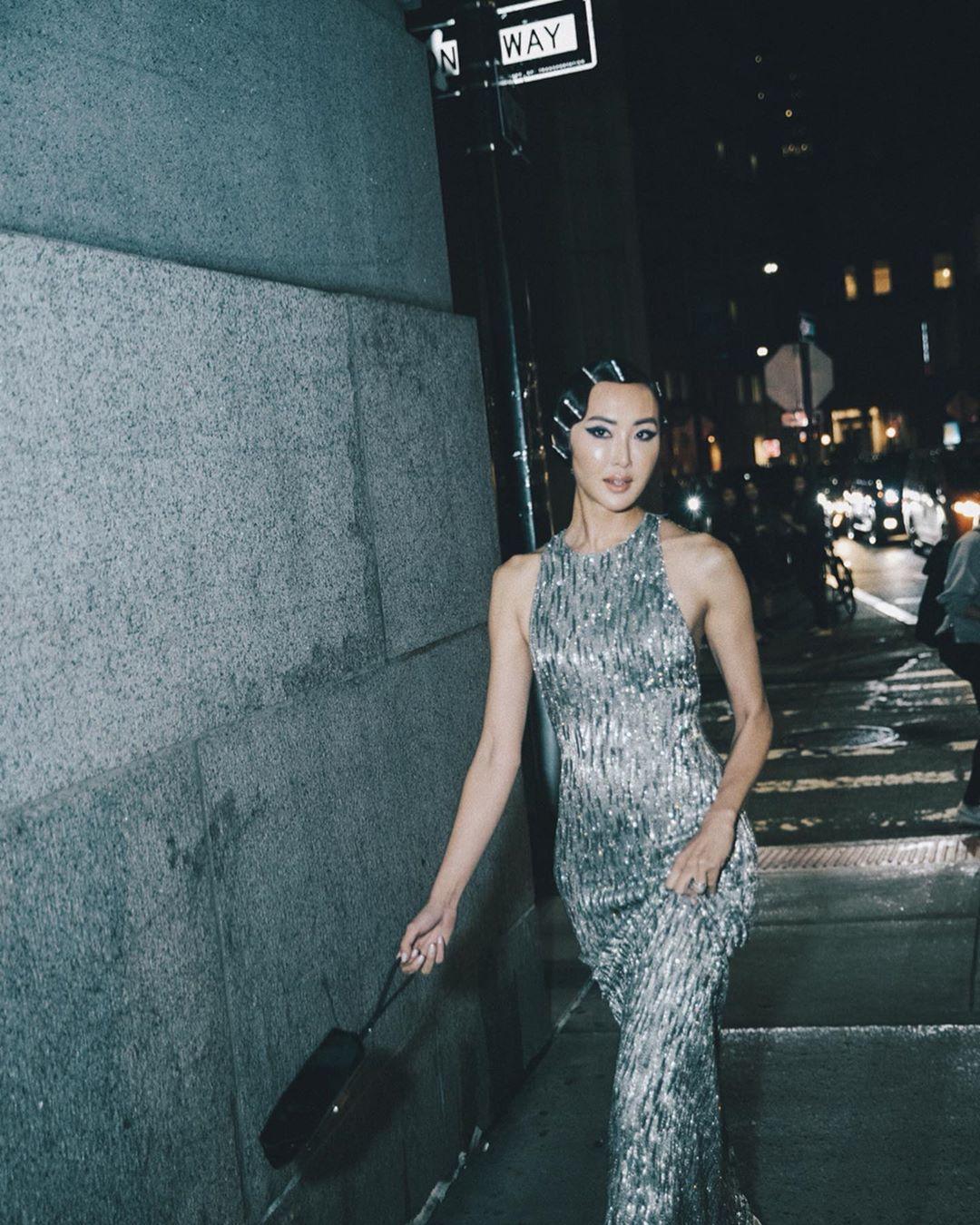 Chriselle Lim trong Tuần lễ thời trang Paris Xuân - Hè 2020