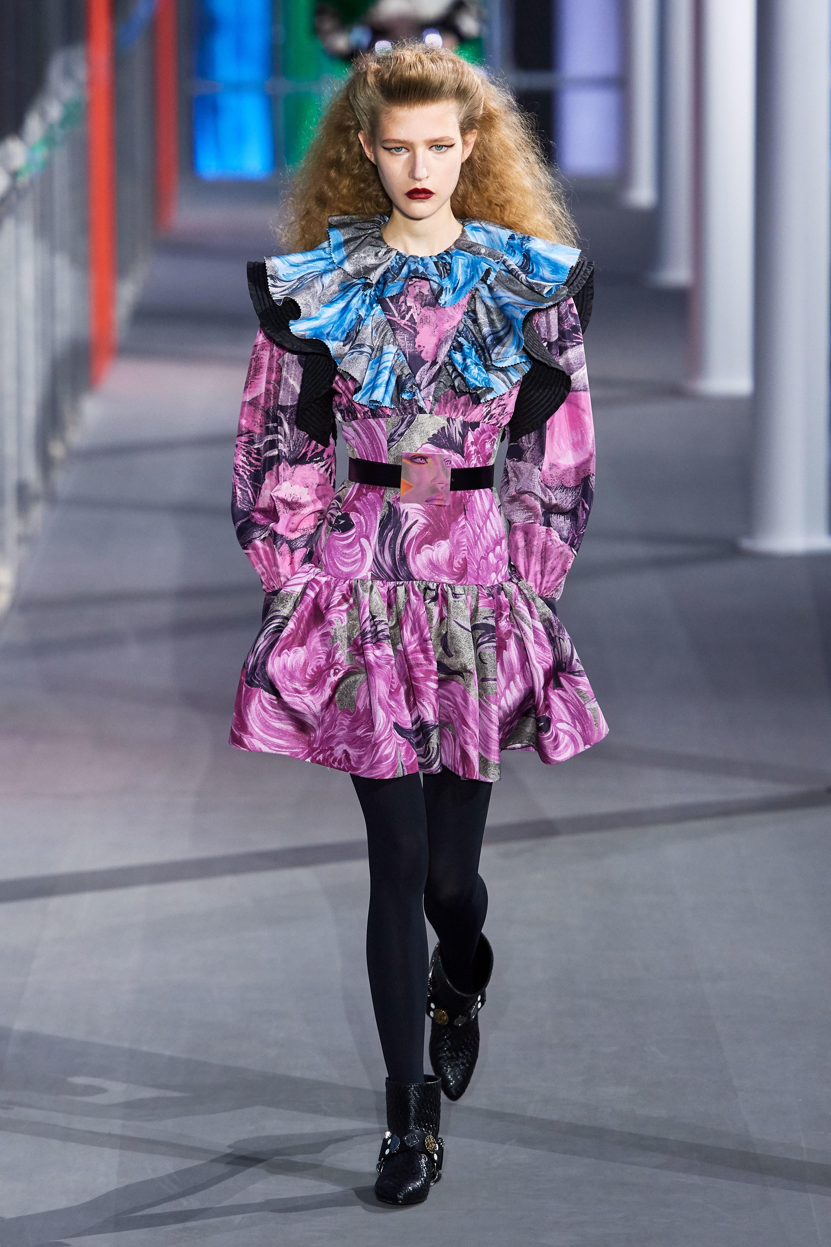 Áo đầm tím LV thời trang Thu - Đông 2019