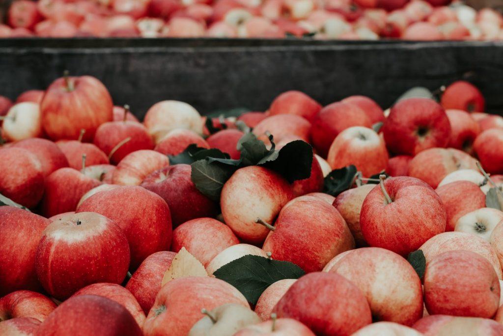 giấm táo làm từ táo