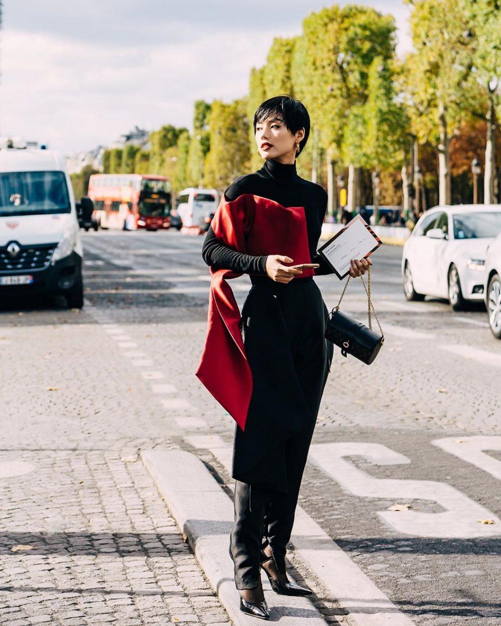Nguyễn Đặng Khánh Linh xuất hiện tại show Elie Saab tuần lễ thời trang paris xuân hè 2020