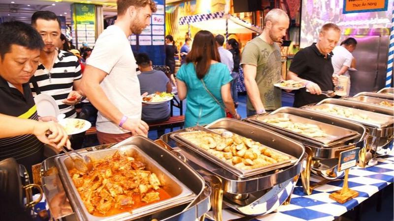 thức ăn trong lễ hội
