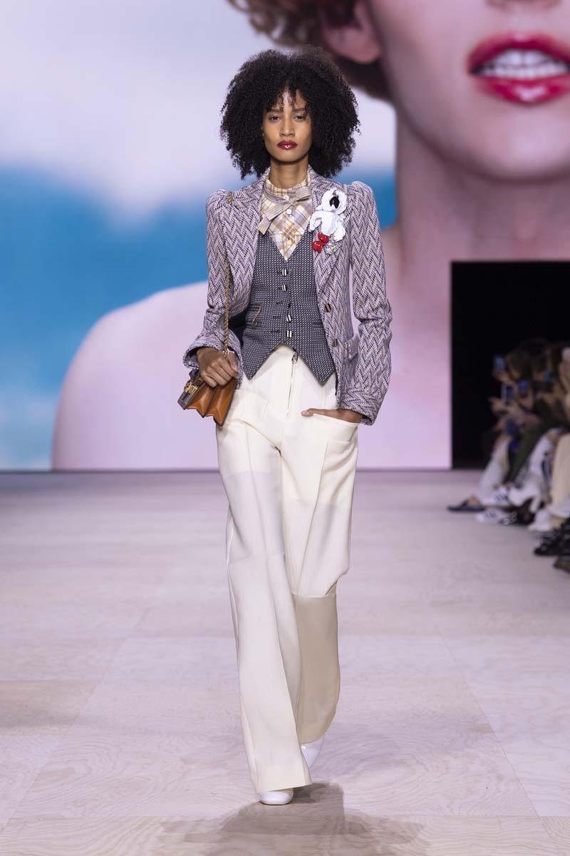 thiết kế dandy suit trong bộ sưu tập louis vuitton xuân hè 2020 3