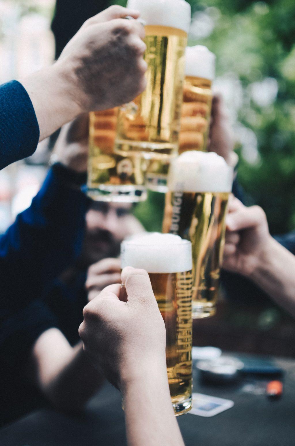thức uống có cồn gây ung thư vú và ảnh hưởng đến sức khoẻ