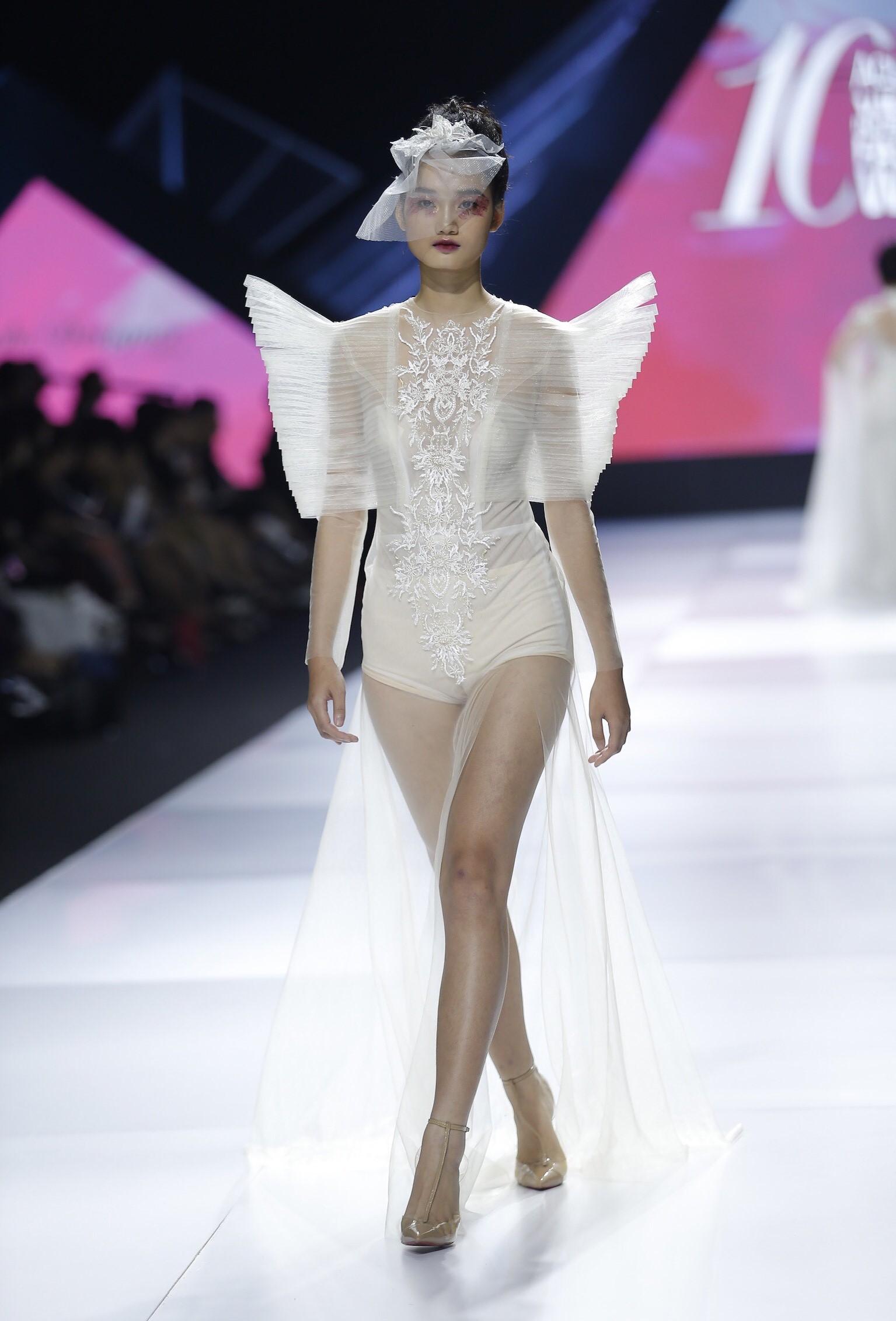 Aquafina Vietnam International Fashion Week - Linh Rin, Cao Thái Hà 7