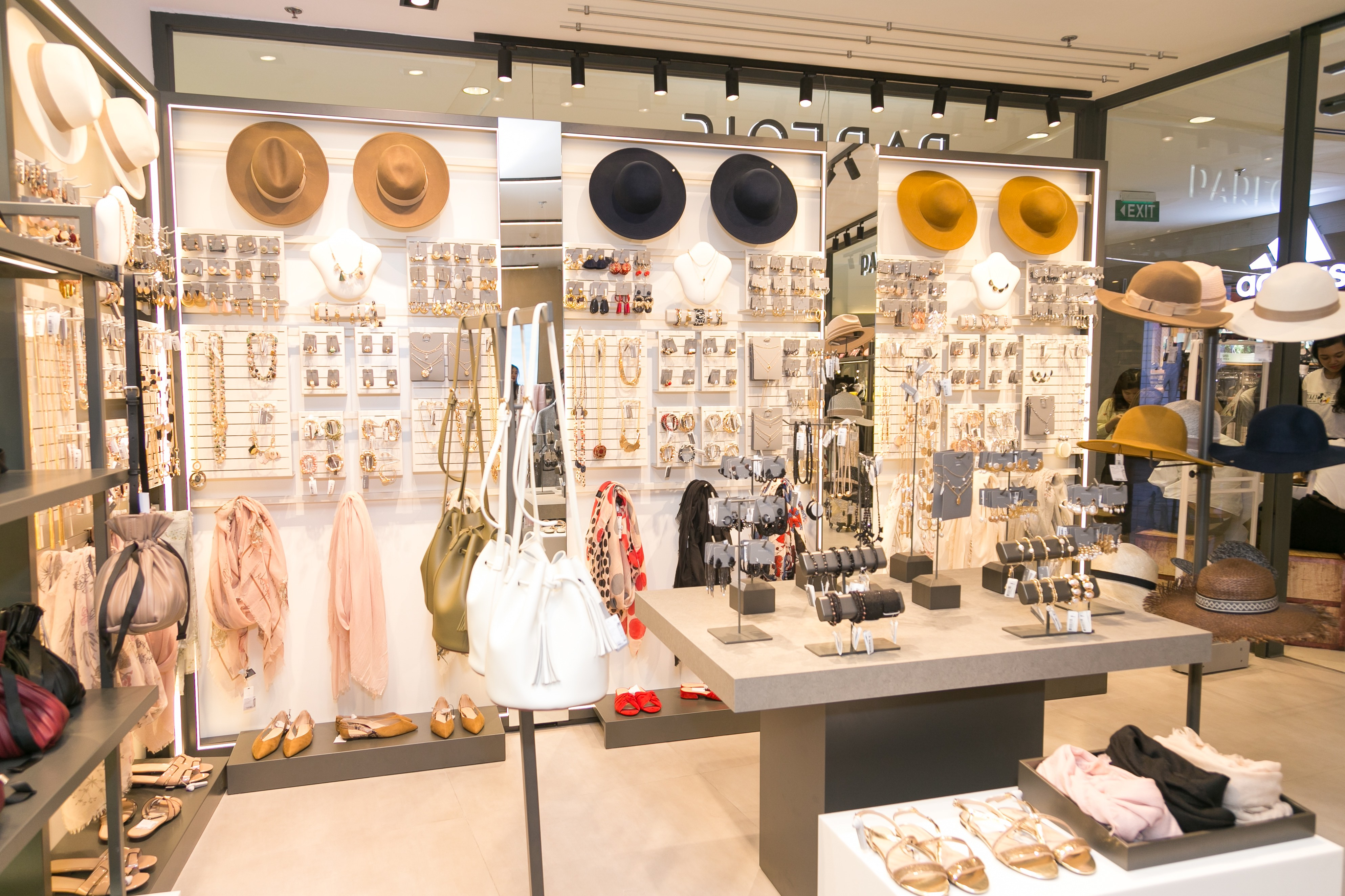 Parfois Việt Nam khai trương cửa hàng mới tại Sài Gòn Centre 2