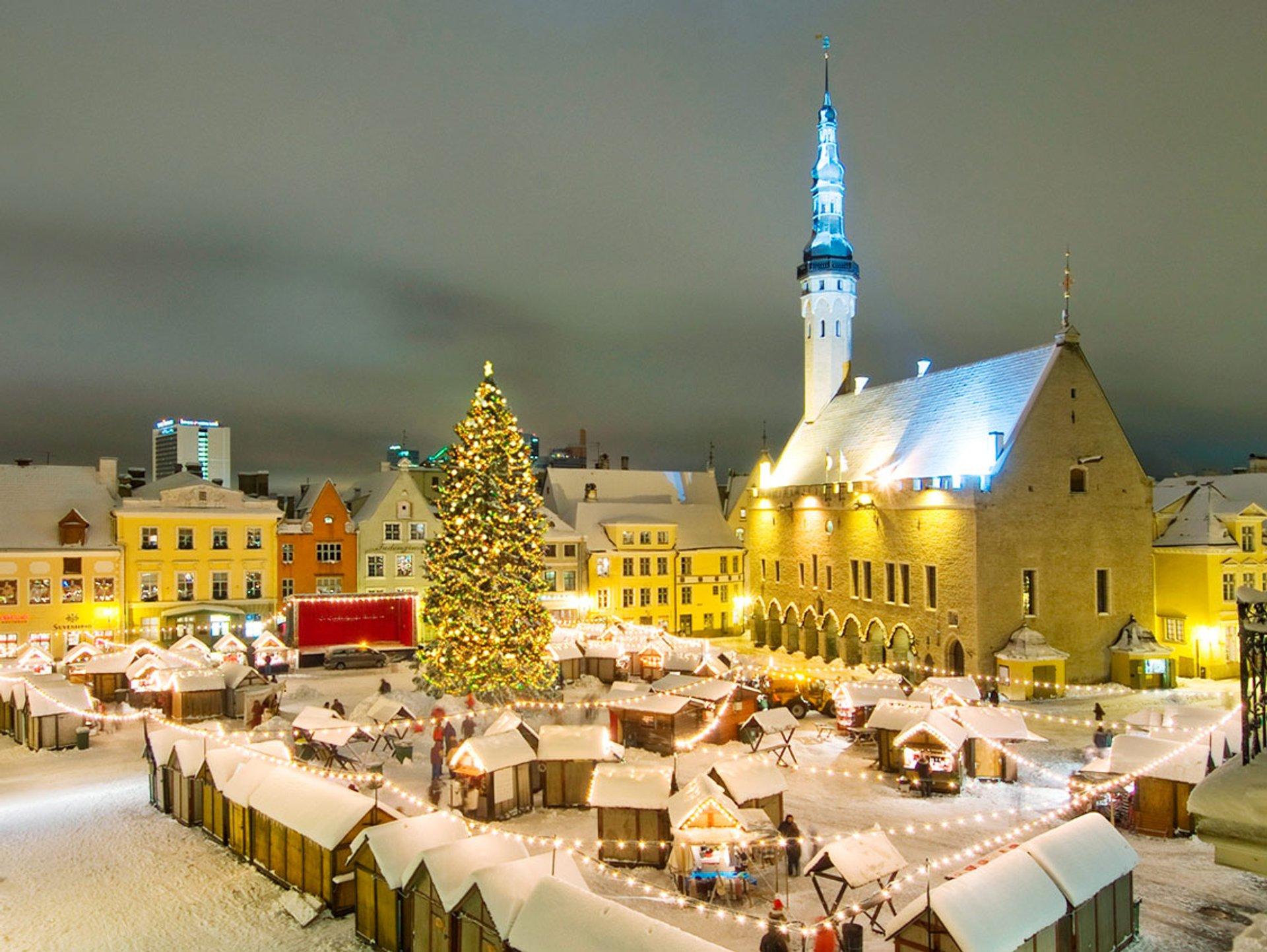 chợ giáng sinh tallinn ở estonia
