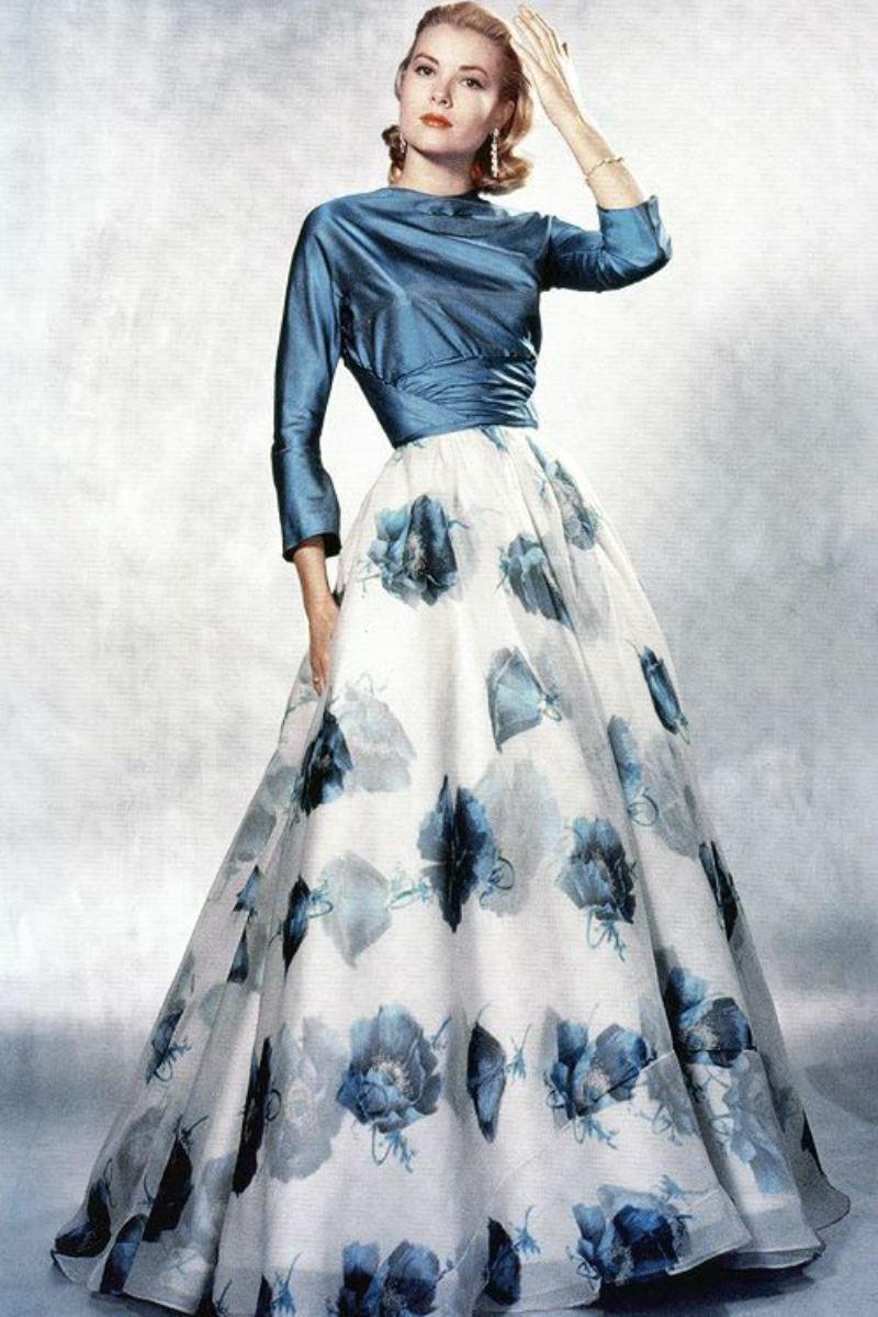 Grace Kelly đầm xanh váy hoa