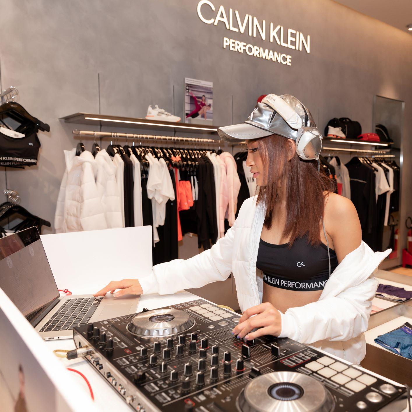 DJ King Lady tại sự kiện khai trương cửa hàng Calvin Klein