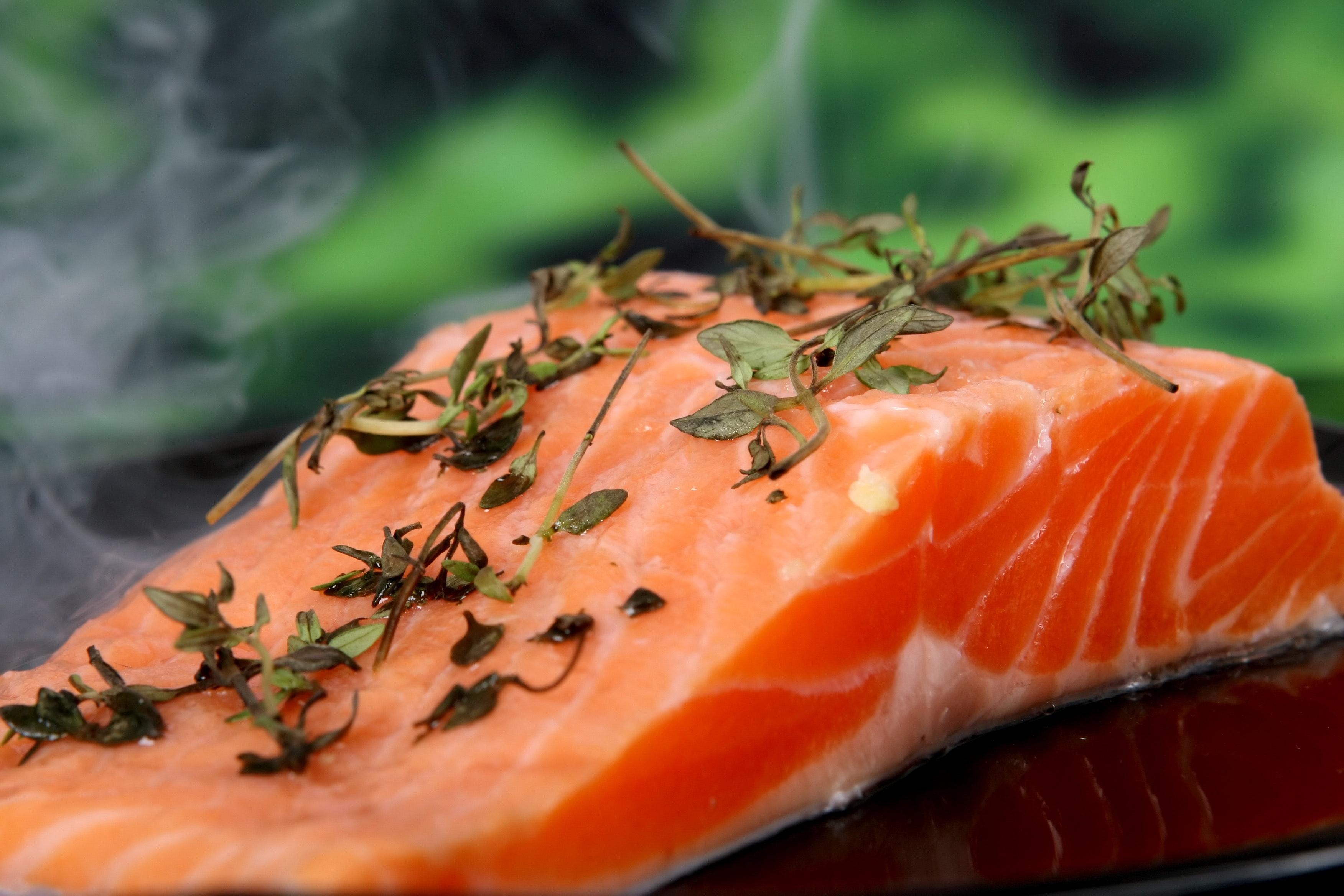 thực phẩm hỗ trợ đốt mỡ thừa cá hồi