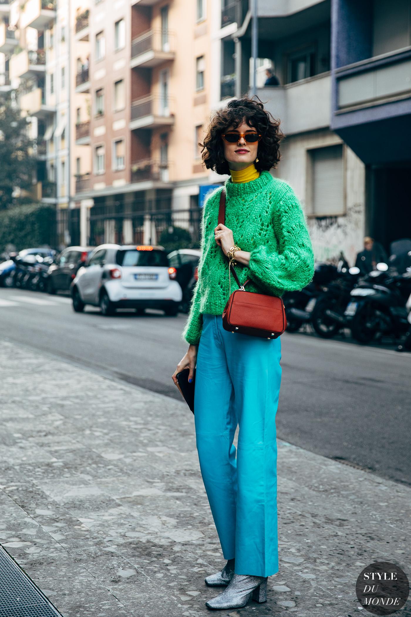 trang phục màu sắc nổi bật dành cho cô nàng Nhân Mã