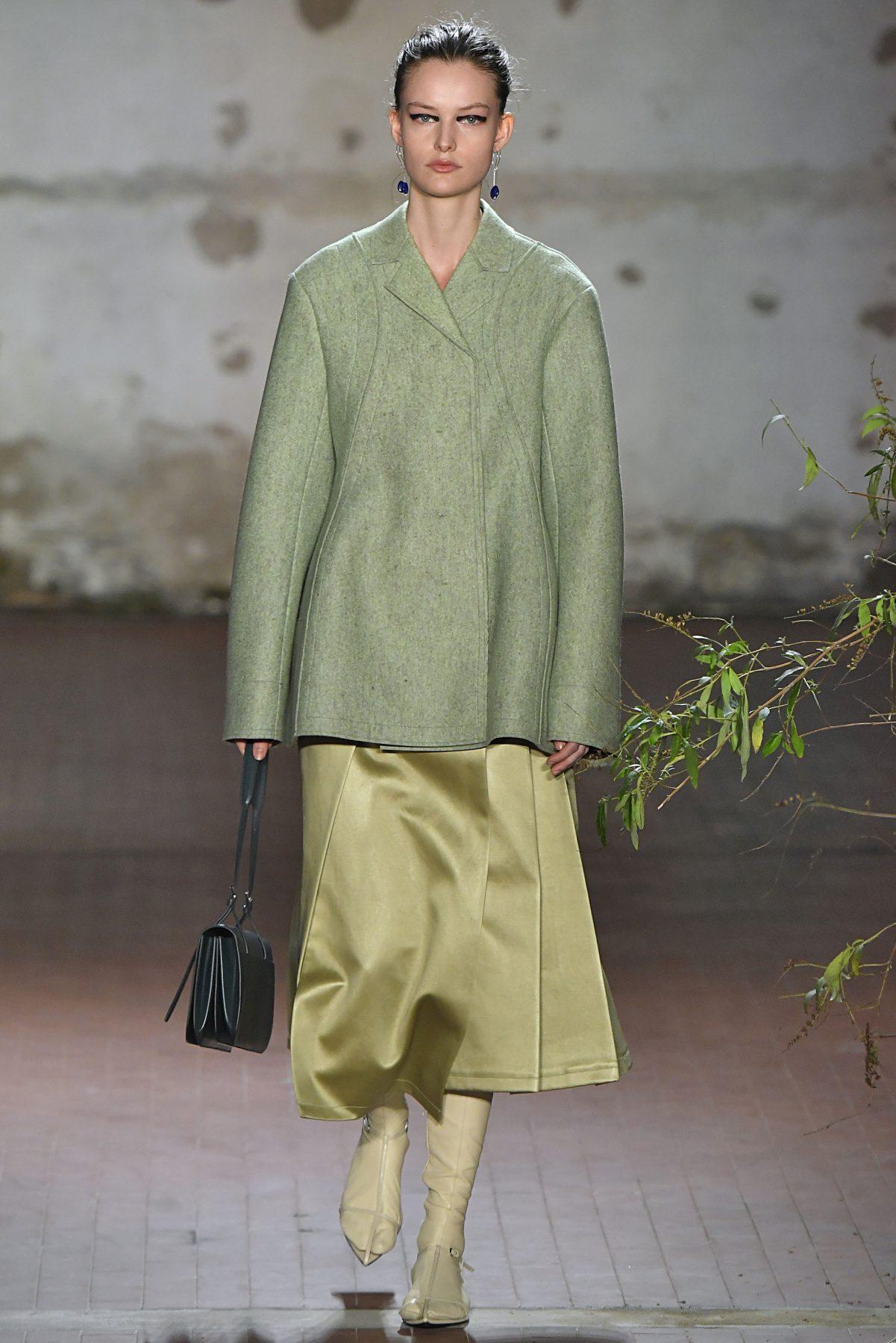 Jil Sander thiết kế độc đáo xanh hồ trăn