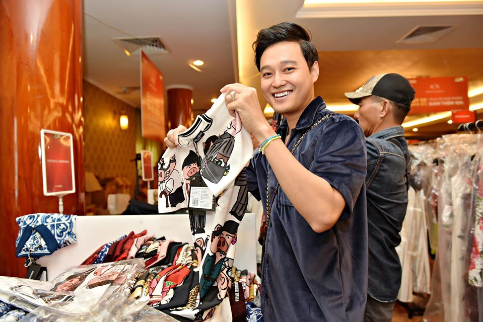 Quang Vinh sự kiện giảm giá Private Sale DAFC Black Friday