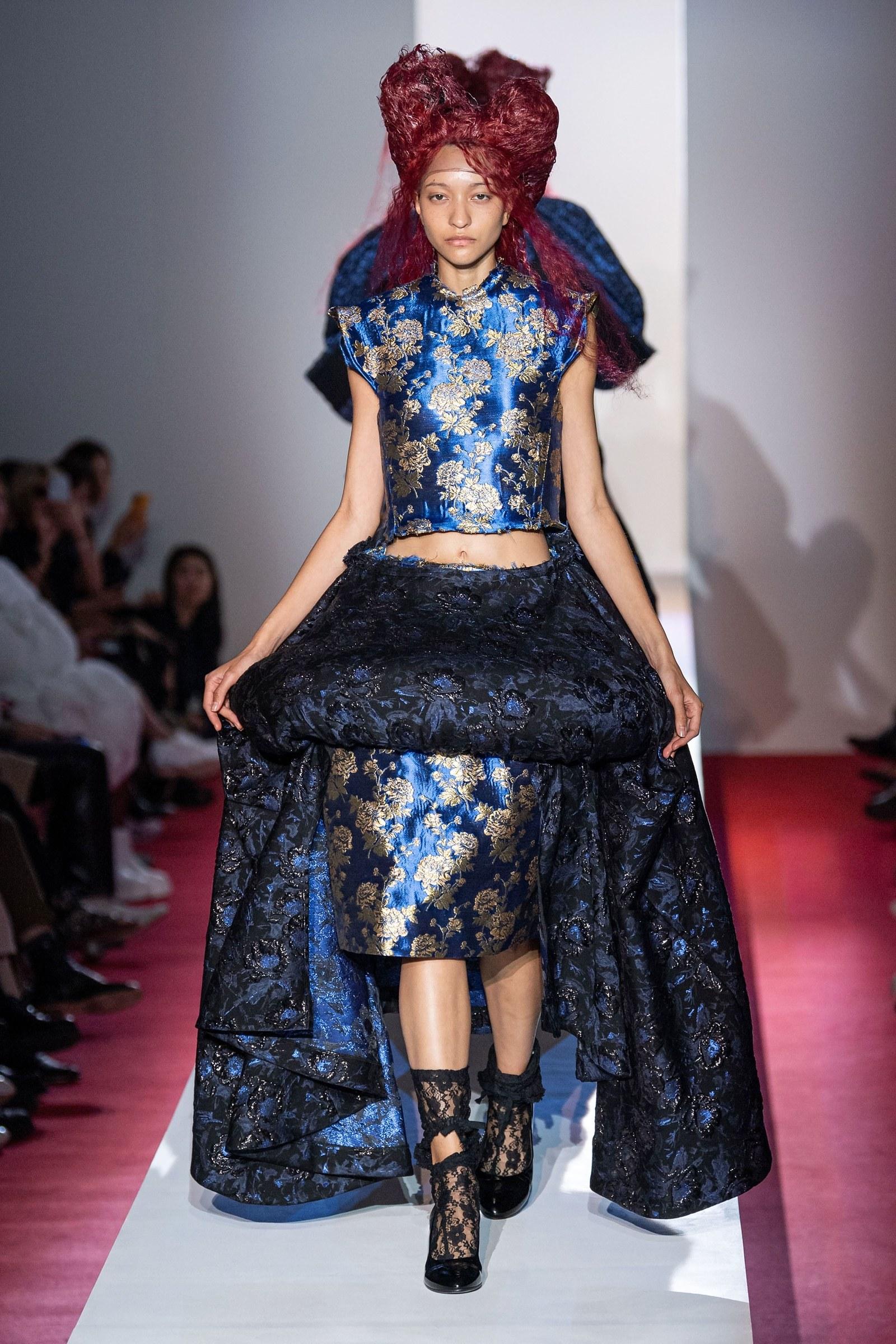 Đầm hoa vải gấm classic blue của Comme des Garcons