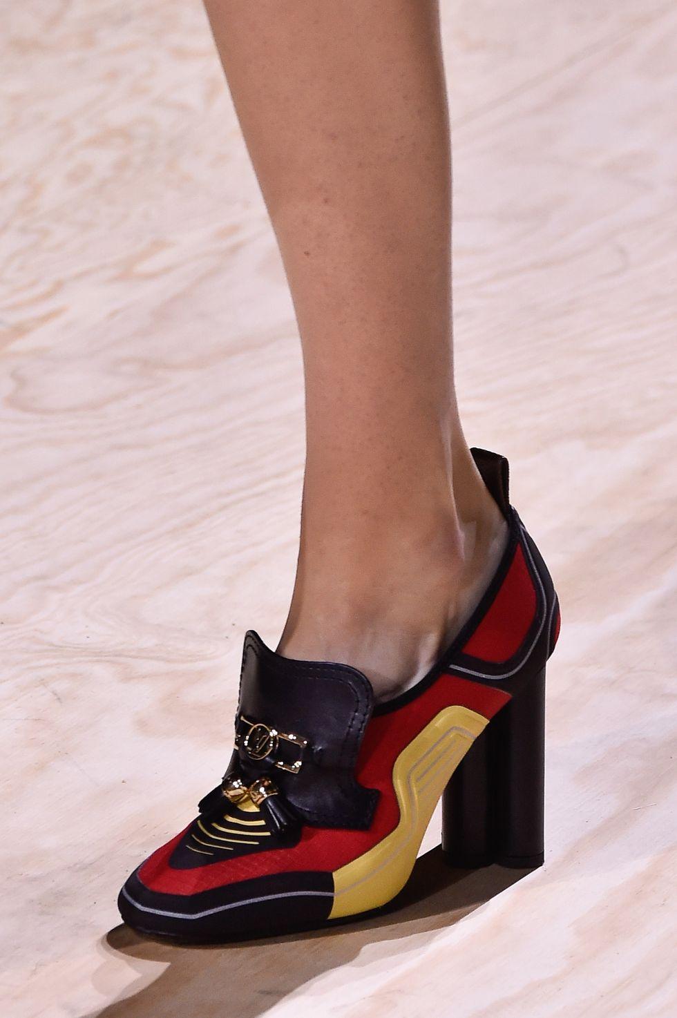 giày loafer cao gót louis vuitton - xu hướng thời trang xuân hè 2020