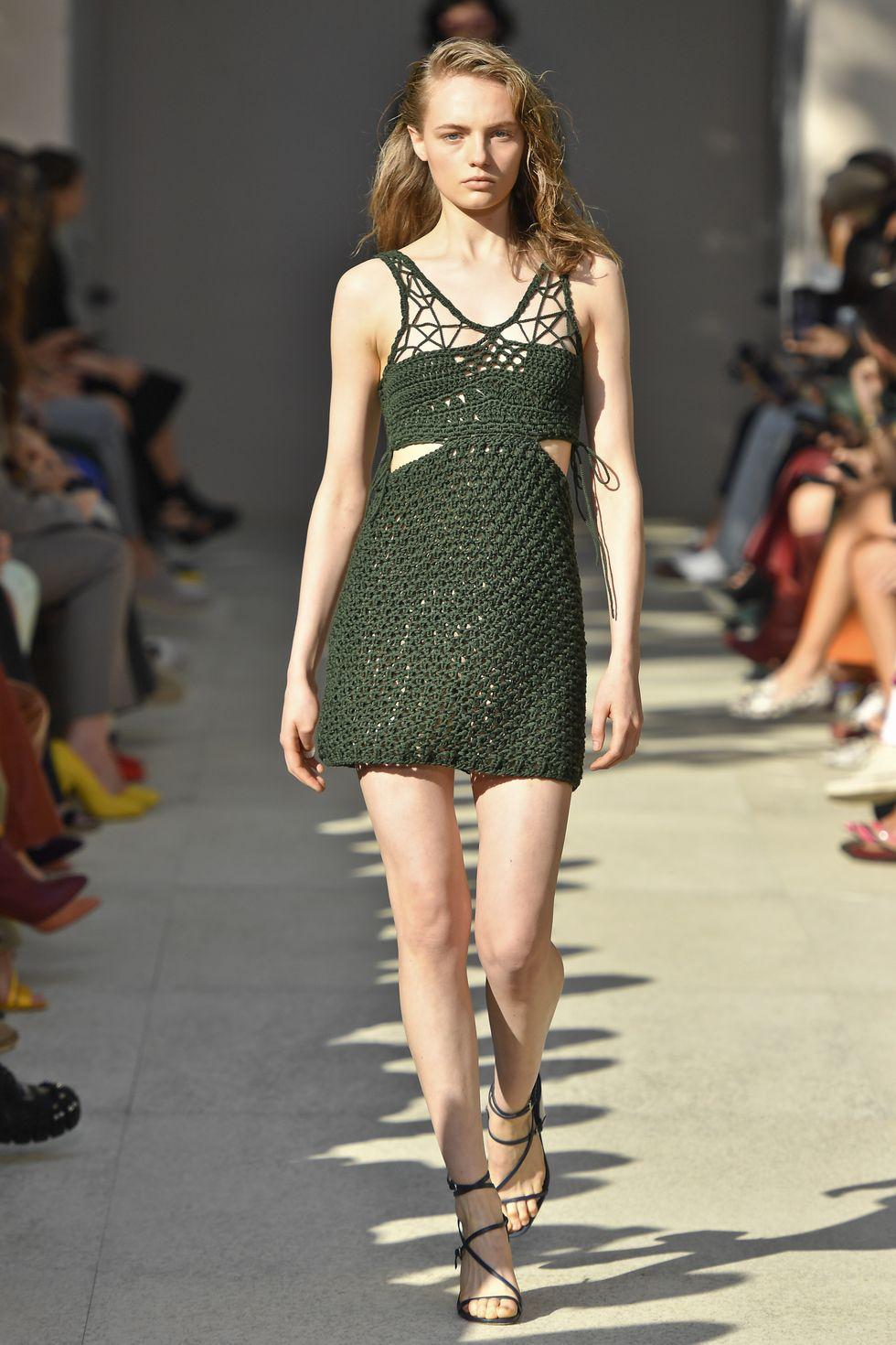 thiết kế vải Salvatore Ferragamo - xu hướng thời trang xuân hè 2020