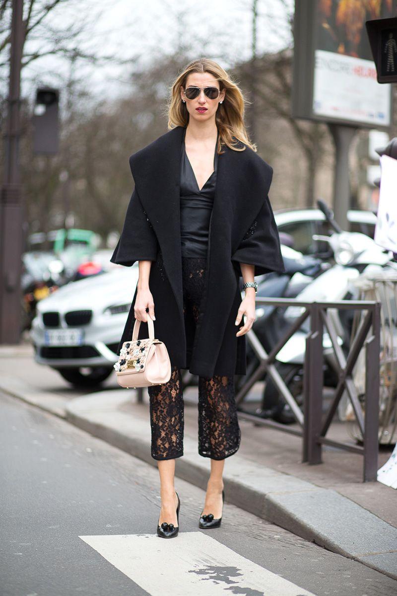 Trang phục đen tại tuần lễ thời trang