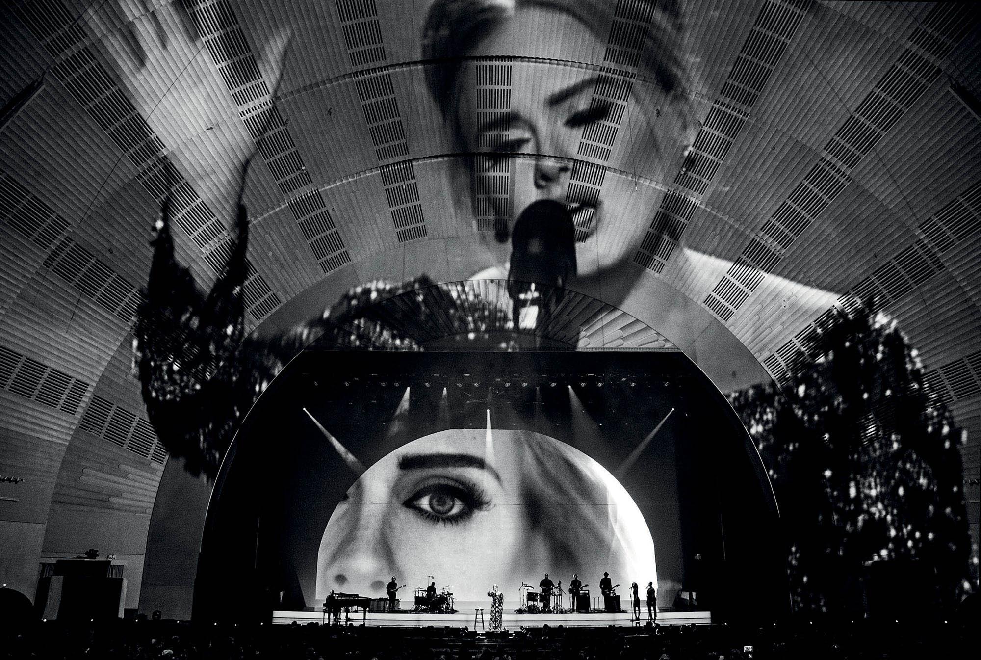 Es Devlin thiết kế sân khấu Adele World