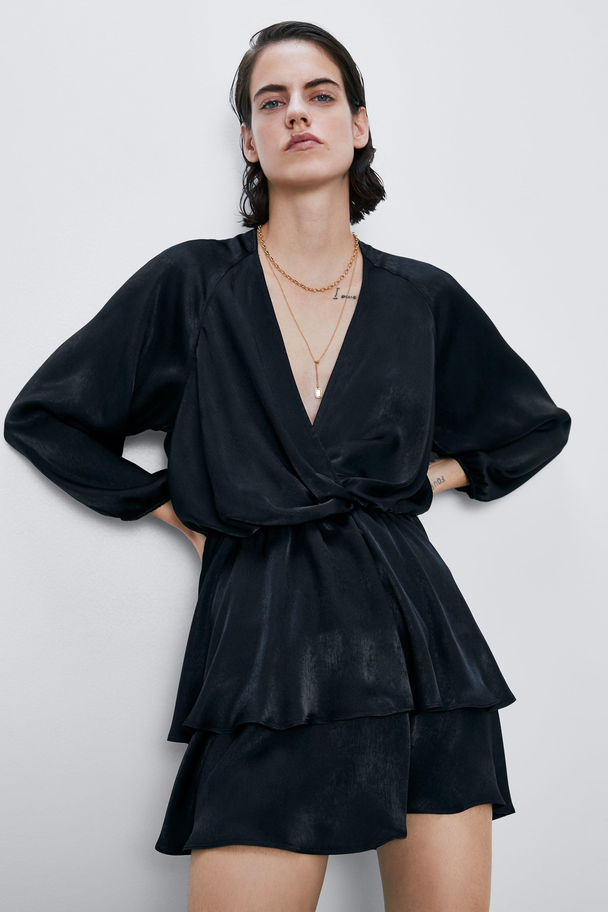 Đầm đen dự tiệc ngắn Zara