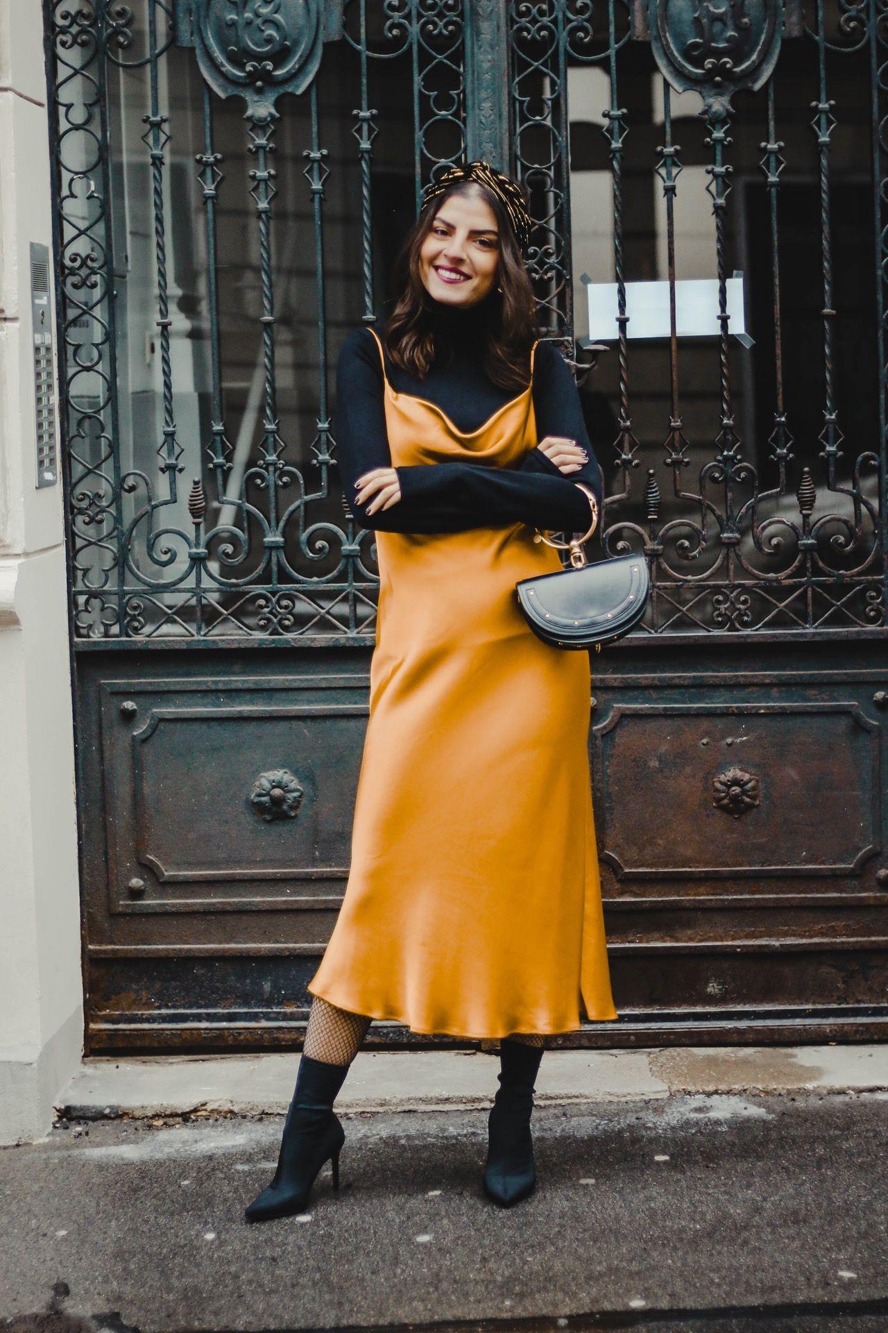 Bí quyết mặc đẹp slip dress và áo cổ lọ